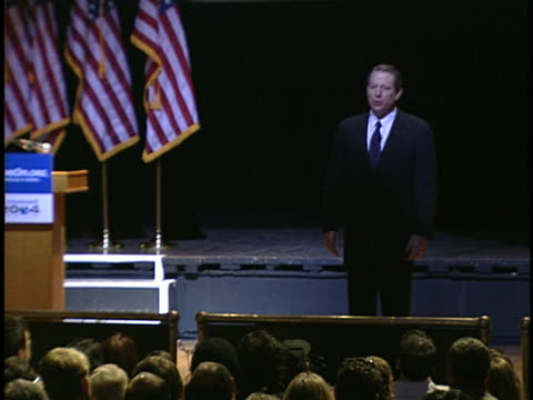 al gore, speaks to an audience about global warming, and criticizes the bush administration on environmental policies. - environment or natural disaster or climate change or earthquake or hurricane or extreme weather or oil spill or volcano or tornado or flooding stock videos & royalty-free footage
