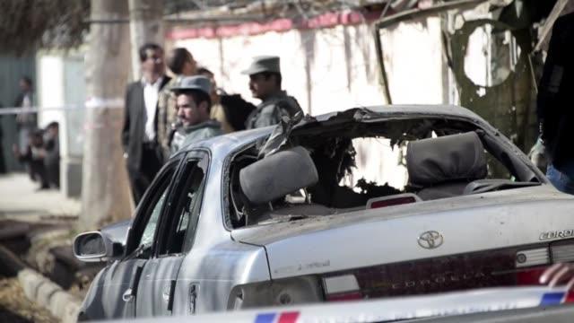 al menos 21 personas murieron por un atentado suicida el viernes en un restaurante de kabul entre ellas varios extranjeros incluyendo un alto... - restaurante stock videos & royalty-free footage