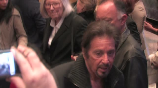 al pacino at the 'jack and jill' premiere in westwood on 11/6/2011 - ウェストウッド地区点の映像素材/bロール
