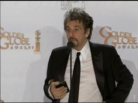 stockvideo's en b-roll-footage met al pacino on jack kevorkian at the 68th annual golden globe awards press room at beverly hills ca - al pacino