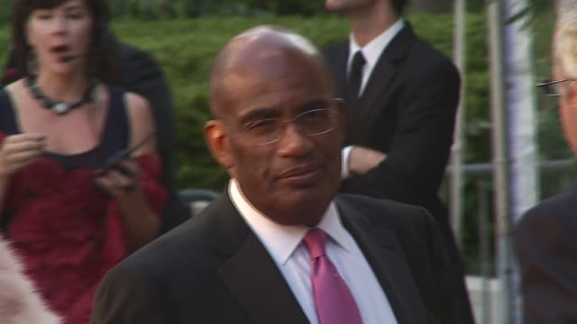 al roker at the 2006 season opening of metropolitan opera with new production of puccini's 'madama butterfly' at lincoln center plaza in new york,... - al roker stock videos & royalty-free footage