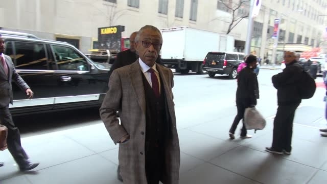 al sharpton arrives at the nbc studios in rockefeller center celebrity sightings in new york on april 27 2015 in new york city new york - al sharpton stock videos & royalty-free footage