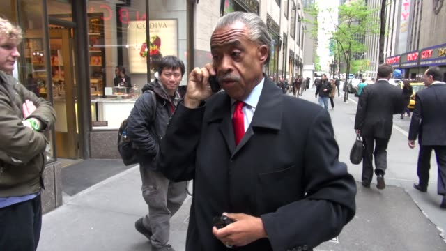 al sharpton at the nbc studios in new york ny on 4/25/2012 - al sharpton stock videos & royalty-free footage