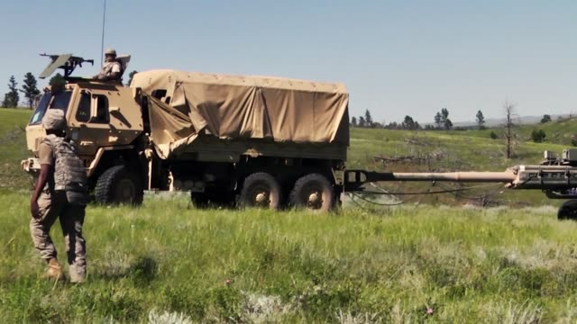 alabama national guardsmen from the 1st battalion, 117th field artillery regiment deploy and fire m777 howitzers during maneuver training at camp... - howitzer stock videos & royalty-free footage