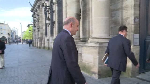 vídeos y material grabado en eventos de stock de alain juppe who was french foreign minister at the time of the rwandan genocide 20 years ago says accusations by kigali that france carries blame for... - aquitania