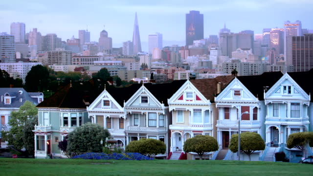 vidéos et rushes de alamo square, san francisco - san francisco california
