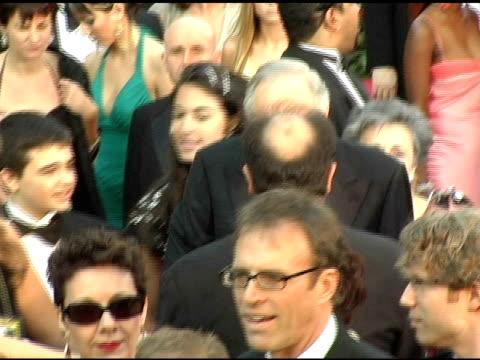alan alda at the 2005 annual academy awards arrivals at the kodak theatre in hollywood, california on february 28, 2005. - alan alda bildbanksvideor och videomaterial från bakom kulisserna