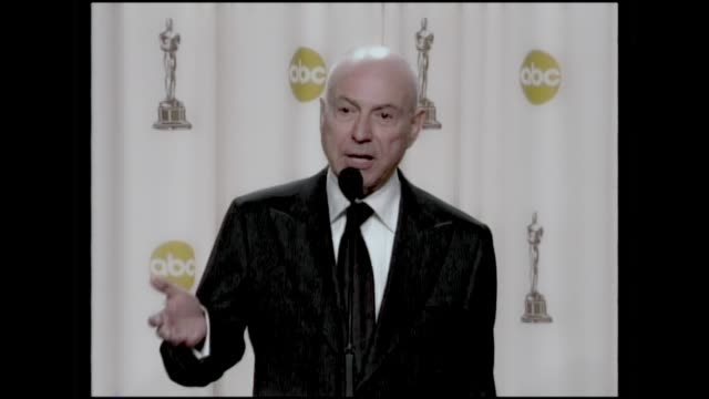 alan arkin press room 2007 academy awards pt 1 best supporting actor for his role in little miss sunshine - best supporting actor stock videos & royalty-free footage