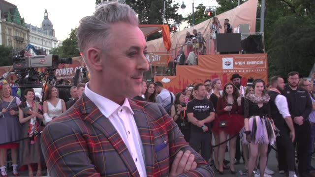 alan cumming arrives for the life ball 2019 at city hall on june 8 2019 in vienna austria - alan cumming stock videos and b-roll footage