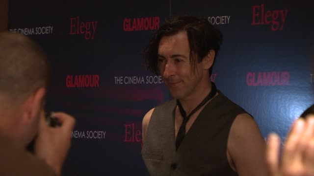 alan cumming at the cinema society presents screening of 'elegy' at new york ny - alan cumming stock videos and b-roll footage