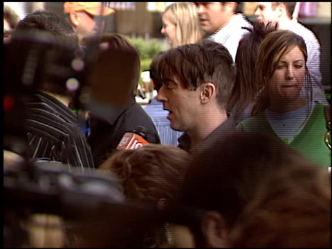alan cumming at the 'son of the mask' premiere at the grove in los angeles california on february 13 2005 - alan cumming stock videos and b-roll footage