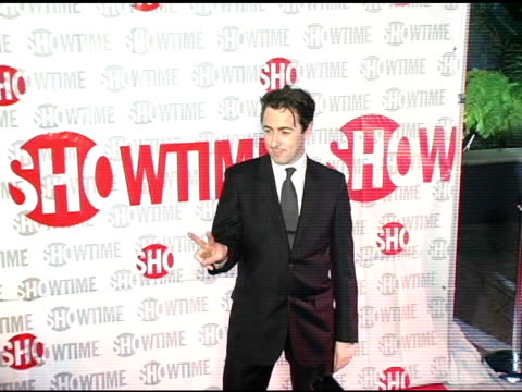 alan cumming of 'reefer madness' at the star-studded tca press tour party hosted by showtime at universal studios in universal city, california on... - ショータイム点の映像素材/bロール