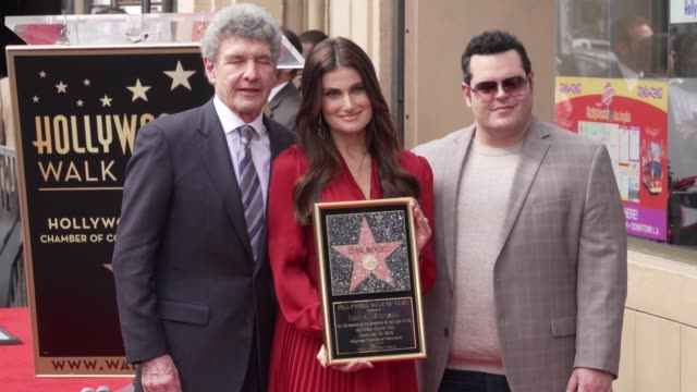 alan horn, idina menzel and josh gad at kristen bell & idina menzel honored with special double star ceremony on the hollywood walk of fame on... - fame stock-videos und b-roll-filmmaterial