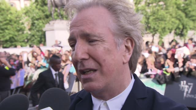 alan rickman on the uk film industry, david cameron, not missing his character at the harry potter and the deathly hallows part two world premiere at... - アラン・リックマン点の映像素材/bロール