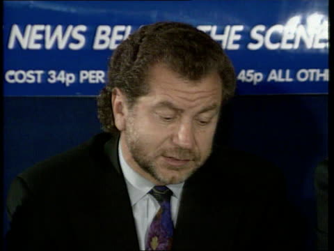alan sugar and terry venables takeover control of tottenham hotspur; england: london: white hart lane: int lms press conference with alan sugar ,... - {{relatedsearchurl(carousel.phrase)}} video stock e b–roll