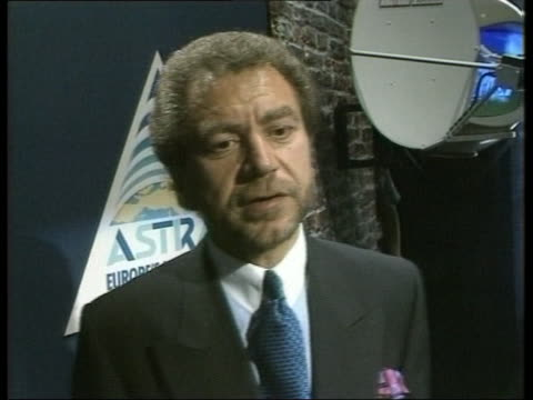 alan sugar expresses confidence in ruper murdoch's sky television service london 8 june 1988 - alan sugar stock videos and b-roll footage