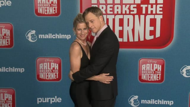 """alan tudyk and charissa barton at the """"ralph breaks the internet"""" world premiere at the el capitan theatre on november 05, 2018 in hollywood,... - el capitan theatre stock videos & royalty-free footage"""
