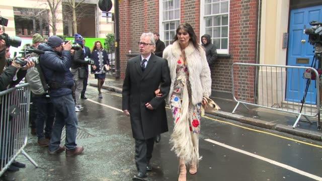 vídeos y material grabado en eventos de stock de alan yentob and rebekah brooks at the wedding of jerry hall and rupert murdoch on march 05, 2016 in london, england. - alan yentob