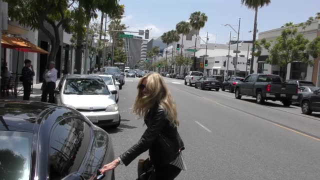 alana stewart on if samantha bee should be kicked off the air while shopping in beverly hills at celebrity sightings in los angeles on june 01, 2018... - alana stewart stock videos & royalty-free footage