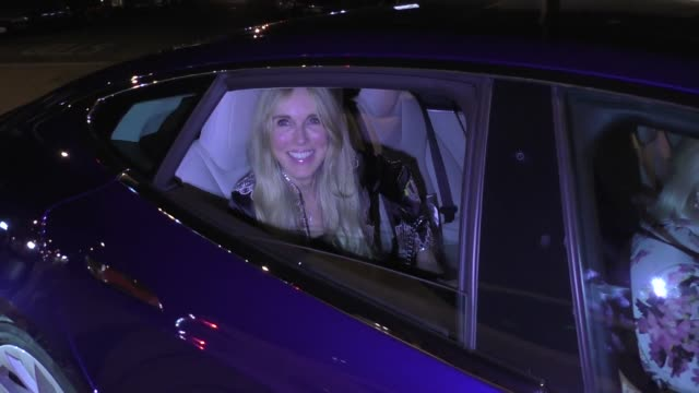 alana stewart talks about why she things michael avenatti is a scumbag outside craig's restaurant in west hollywood in celebrity sightings in los... - alana stewart stock videos & royalty-free footage