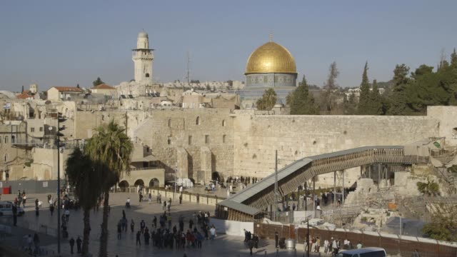 al-aqsa mosque montage - minareto video stock e b–roll