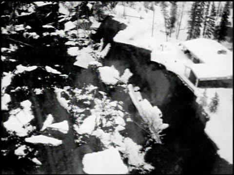 [alaska earthquake damage] - 7 of 36 - andere clips dieser aufnahmen anzeigen 2021 stock-videos und b-roll-filmmaterial