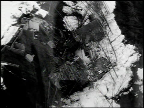 stockvideo's en b-roll-footage met [alaska earthquake damage] - 8 of 36 - 1964