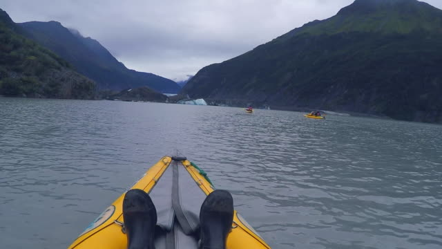 usa, alaska, valdez glacier lake, kayaking - boat point of view stock videos & royalty-free footage