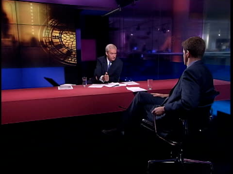 alastair campbell resigns lib alastair campbell interviewed by jon snow on channel 4 news sot the reason i am part of the story is that a bbc... - jon snow journalist stock-videos und b-roll-filmmaterial