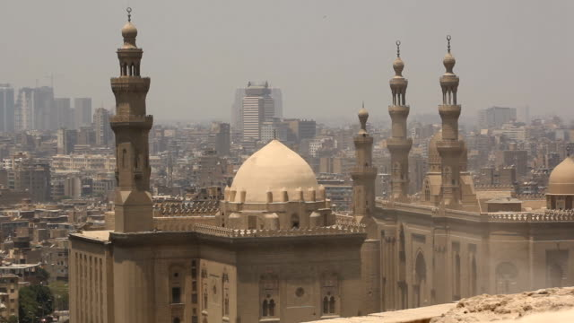 ws al-azhar mosque with sand blowing through the air/ cairo / egypt - mosque stock videos & royalty-free footage