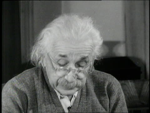 vídeos de stock, filmes e b-roll de albert einstein makes a plea to end the arms race - albert einstein