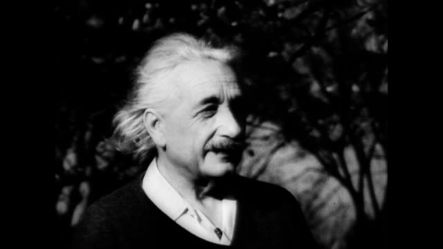 / Albert Einstein walking in the countryside Albert Einstein in the countryside on January 01 1945 in Unspecified
