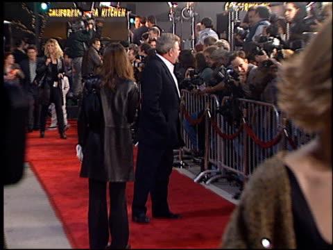 albert finney at the 'erin brockovich' premiere on march 14, 2000. - erin brockovich film title stock videos & royalty-free footage