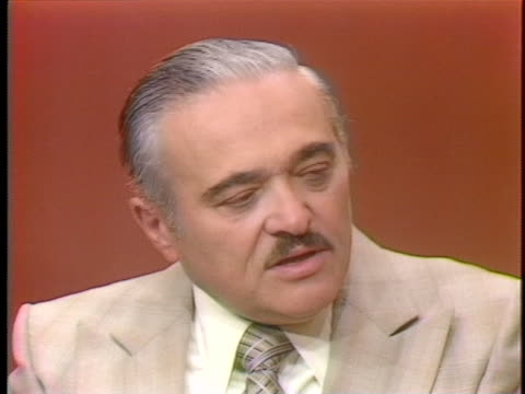 albert seidman, vice president of security at alexander's in new york speaks about shoplifting in the 1970's. - 万引き点の映像素材/bロール