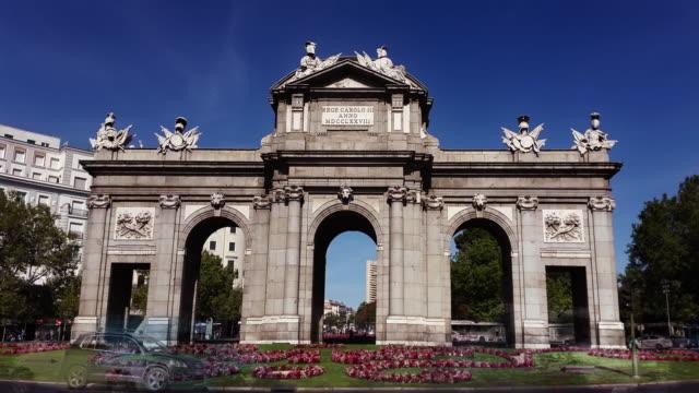 alcalá gate in madrid timelapse