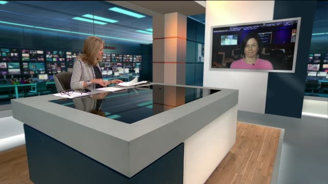 study highlights heavy drinking amongst professional women england london gir int lucy rocca 2 way interview from manchester sot - メアリー ナイチンゲール点の映像素材/bロール