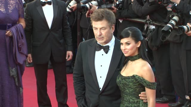 vídeos de stock, filmes e b-roll de alec baldwin and hilaria thomas at killing them softly premiere: 65th cannes film festival on may 22, 2012 in cannes, france - gravata borboleta