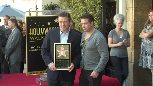 alec baldwin and stephen baldwin at the alec baldwin honored with a star on the hollywood walk of fame at hollywood ca. - stephen baldwin stock-videos und b-roll-filmmaterial