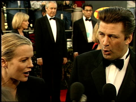 stockvideo's en b-roll-footage met alec baldwin at the 1999 screen actors guild sag awards at the shrine auditorium in los angeles california on march 7 1999 - screen actors guild awards