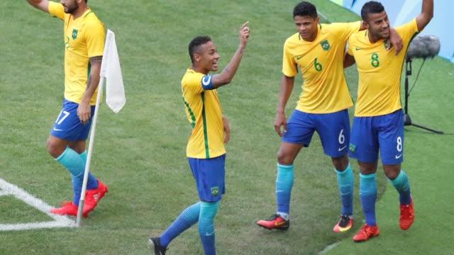 alemania disputara con el brasil de neymar la medalla de oro de los juegos olimpicos de rio 2016 tras imponerse 20 a nigeria una suerte de revancha... - neymar da silva stock-videos und b-roll-filmmaterial