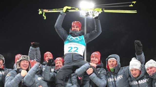 alemania mantenia el domingo el liderazgo en el medallero de los juegos olimpicos de invierno de pyeongchang al acumular tres medallas de oro y una... - liderazgo stock videos and b-roll footage