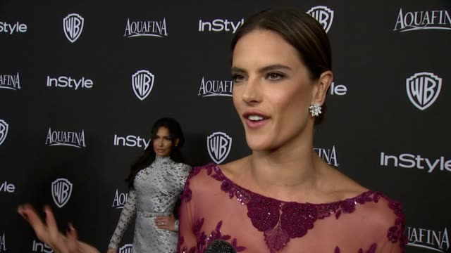 vídeos de stock, filmes e b-roll de interview alessandra ambrosio at 16th annual instyle and warner bros golden globe afterparty on january 11 2015 in beverly hills california - alessandra ambrosio