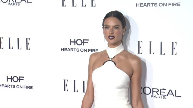 vídeos de stock, filmes e b-roll de alessandra ambrosio at 23rd annual elle women in hollywood celebration at four seasons hotel los angeles at beverly hills on october 24 2016 in los... - alessandra ambrosio