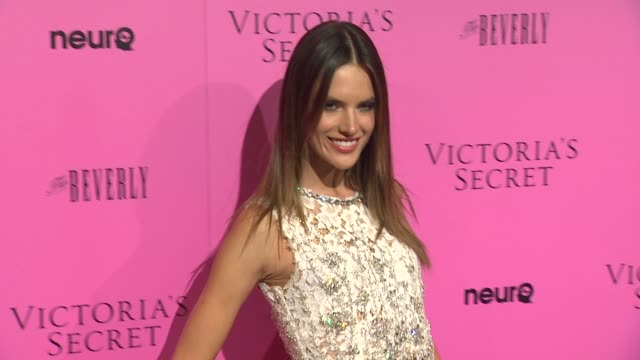 vídeos de stock, filmes e b-roll de alessandra ambrosio at the victoria's secret 6th annual 'what is sexy list bombshell summer edition' pink carpet event at los angeles ca - alessandra ambrosio
