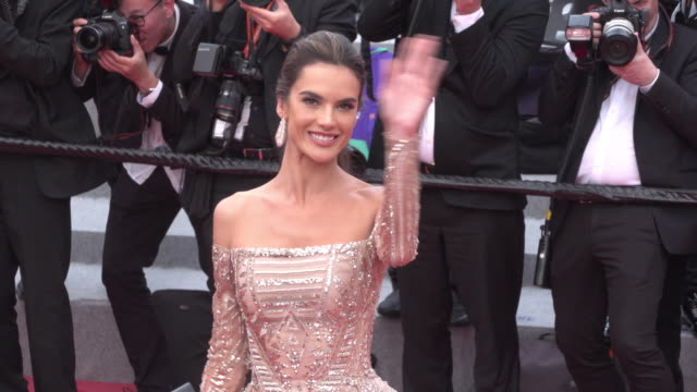 vídeos de stock, filmes e b-roll de alessandra ambrosio shines on the red carpet of the wild pear tree during cannes film festival 2018 - alessandra ambrosio