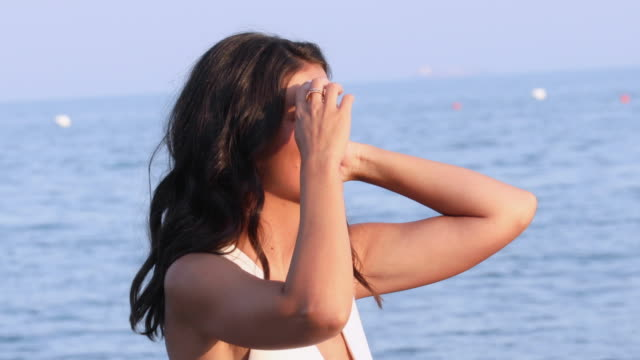 alessandra mastronardi introduces herself to the press on the beach of the hotel excelsior, in venice, italy, on august 2, 2019 during the 76th... - avvistamenti vip video stock e b–roll