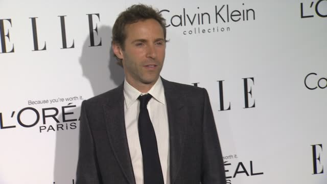 stockvideo's en b-roll-footage met alessandro nivola at 19th annual elle women in hollywood celebration on in beverly hills, ca. - alessandro nivola