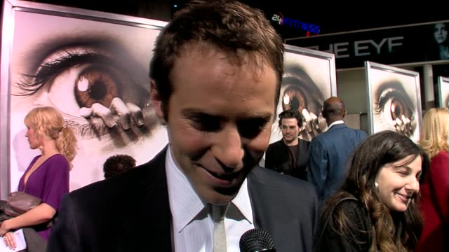 alessandro nivola at the the eye premiere at the cinerama dome at arclight cinemas in hollywood california on february 1 2008 - arclight cinemas hollywood stock videos and b-roll footage