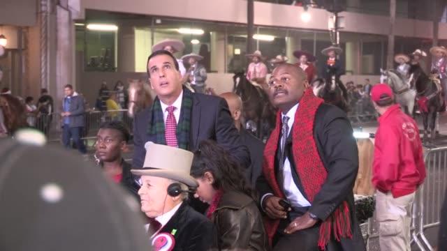 alex e ferrer mason c burroughs at the 2012 hollywood christmas parade in hollywood 11/25/12 - sfilata di natale di hollywood video stock e b–roll