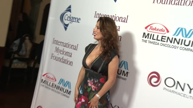 alex meneses at international myeloma foundation 7th annual comedy celebration benefiting the peter boyle research fund & supporting the black swan... - peter boyle stock videos & royalty-free footage